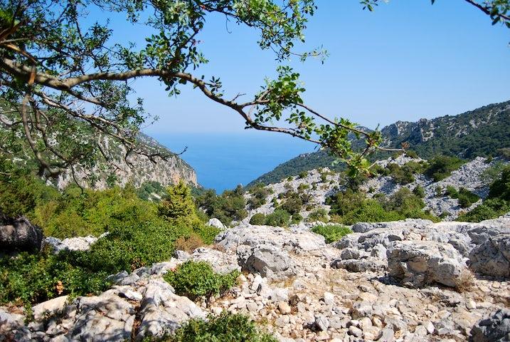 Enjoy an unforgettable hike to reach Cala Goloritze
