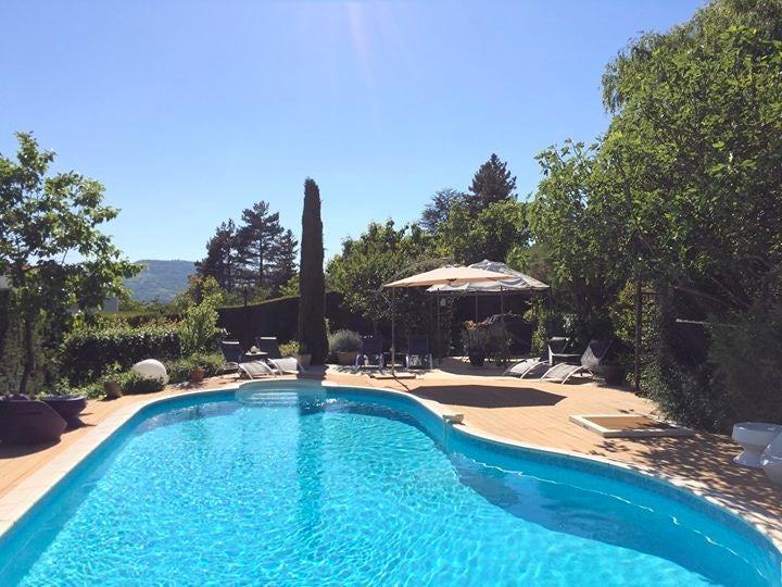 La Villa Victoria Auvergne   Chambres Du0027hôtes Proche Clermont Ferrand