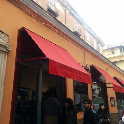 Pizzeria Concettina ai tre santi