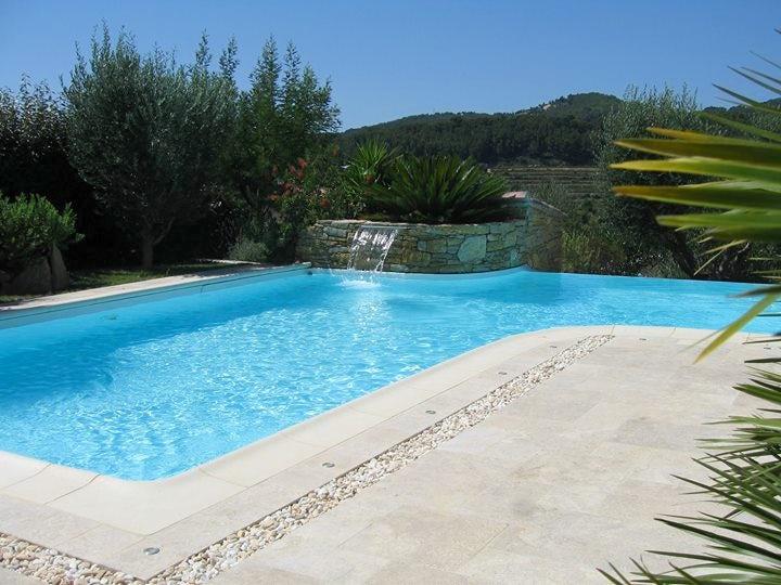 La Cigale Sous Lu0027Olivier / Chambres Du0027hôtes En Provence