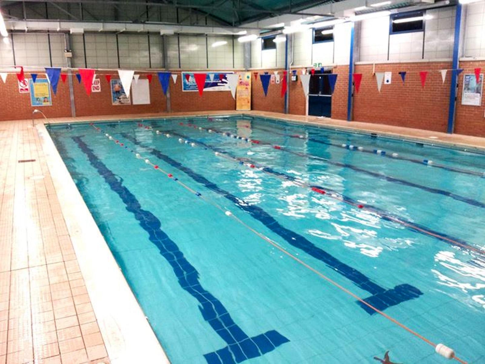 travel inspired location northbrook swimming pool itinari