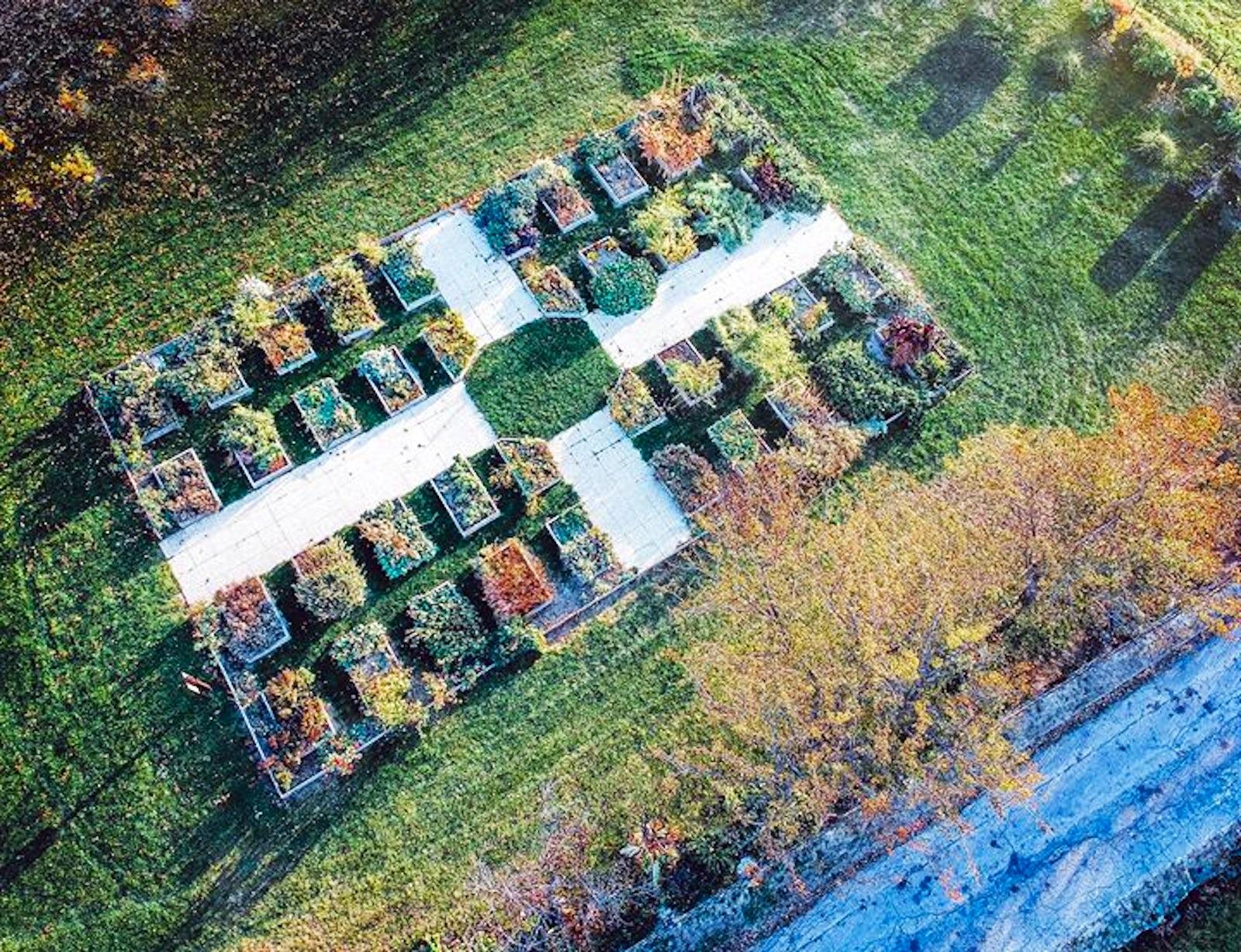 Maison et Jardin des Anciens Remèdes   itinari