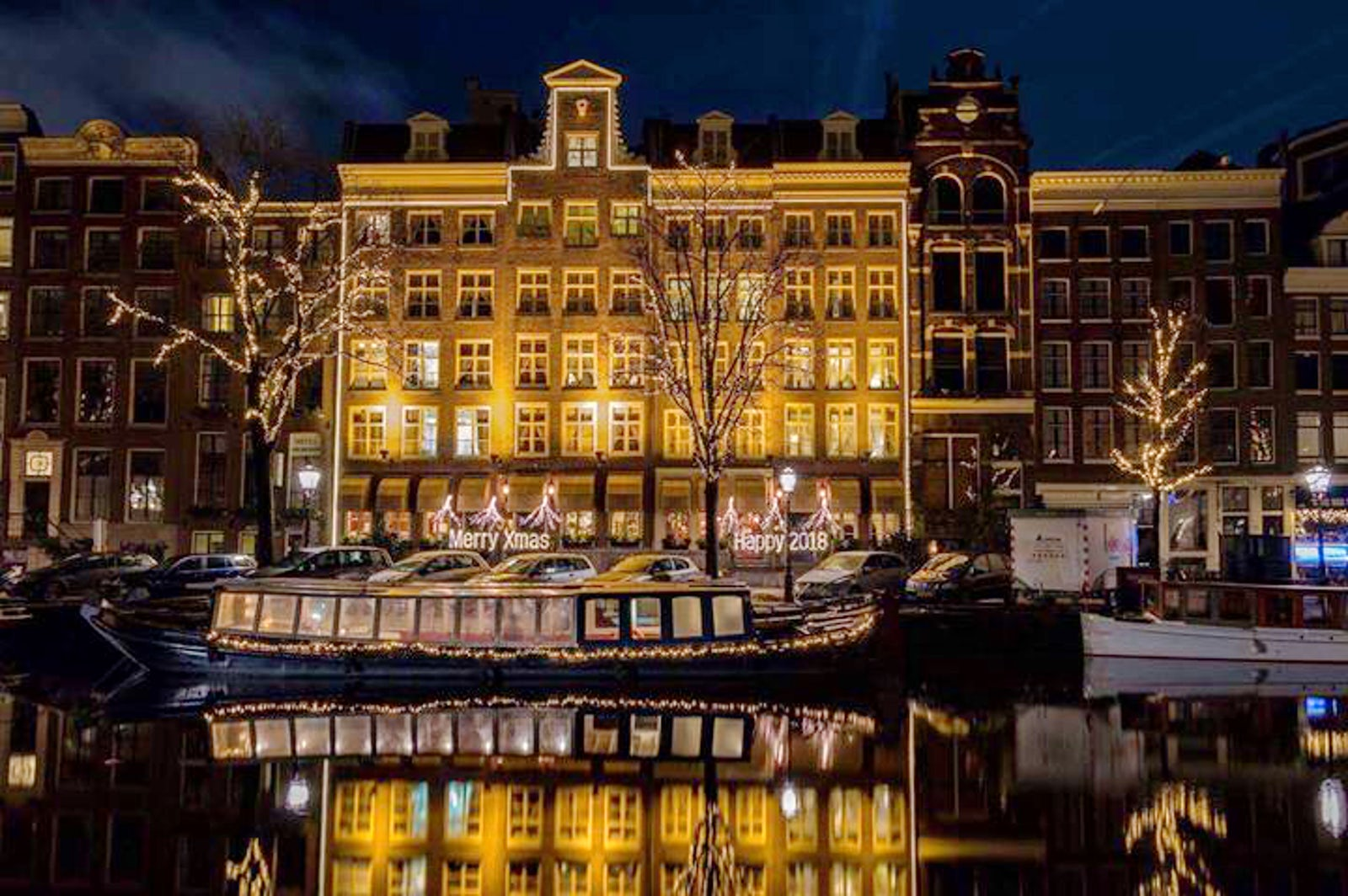 Travel inspired location hotel estherea amsterdam for Hotel centrali ad amsterdam