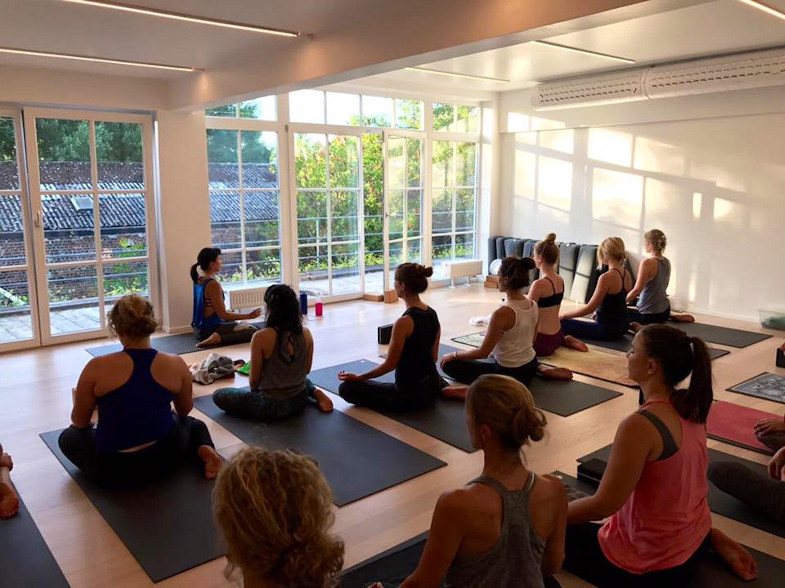 Yoga Room Brussels | itinari