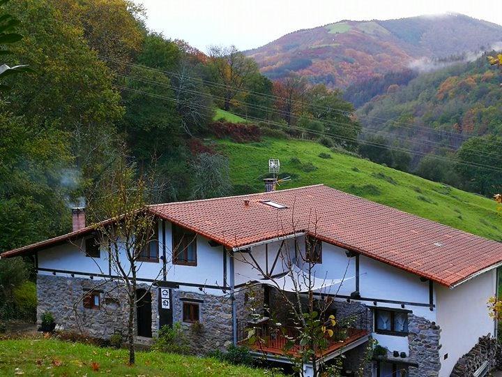 Casa Rural Pikukoborda Landaetxea Itinari # Muebles Duk Oiartzun