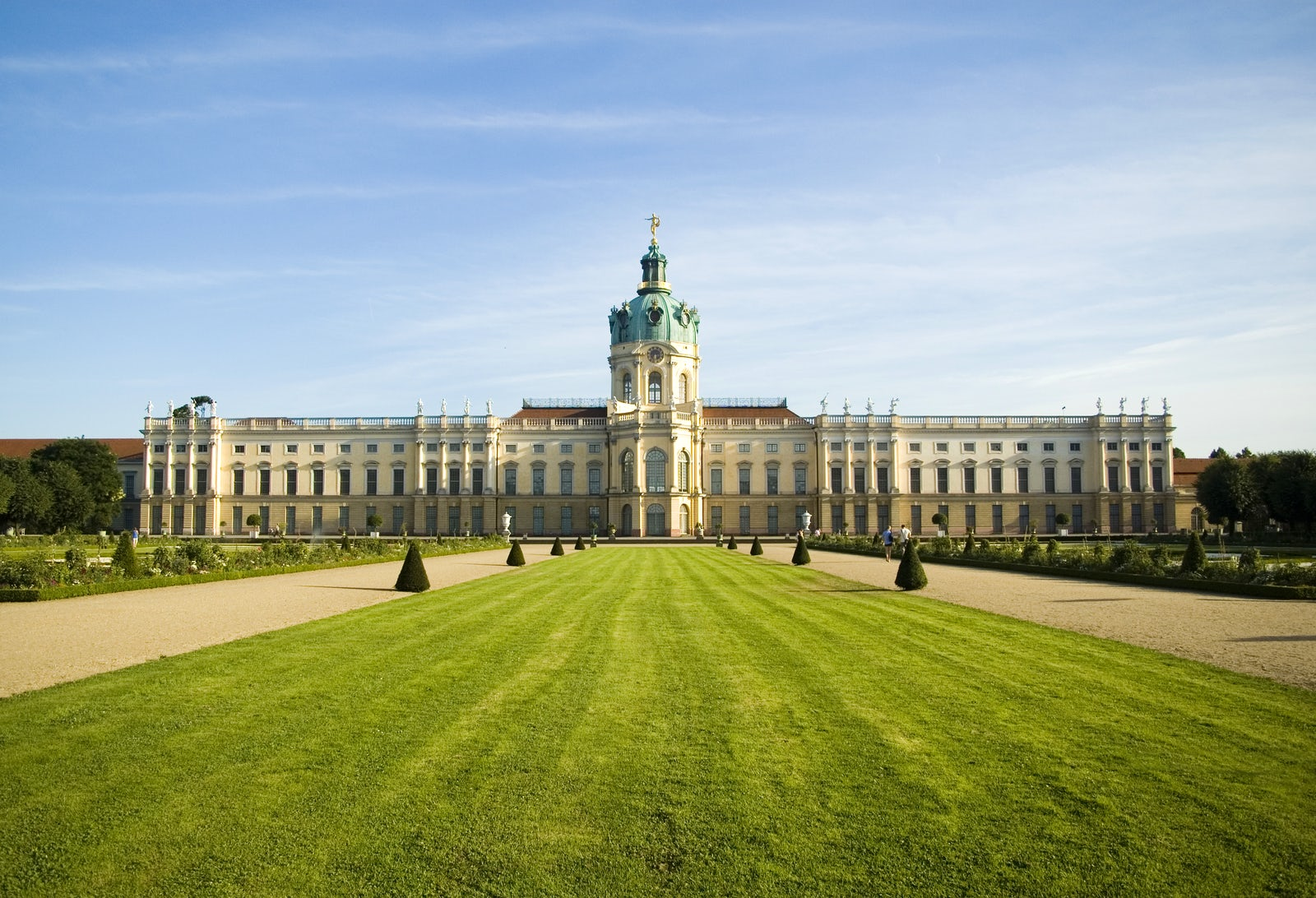 charlottenburg palace itinari. Black Bedroom Furniture Sets. Home Design Ideas