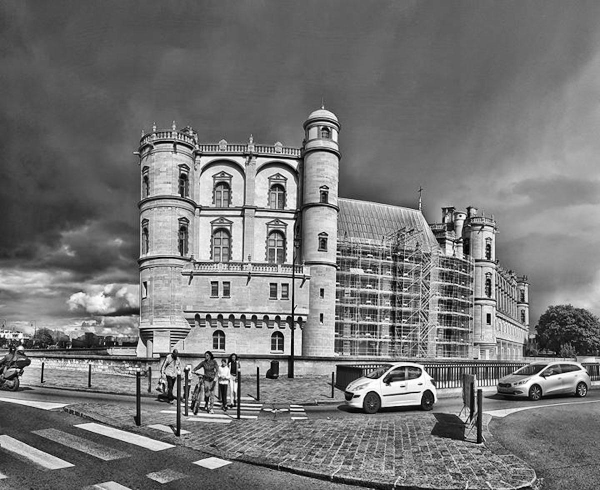 Monument Cafe Saint Germain En Laye