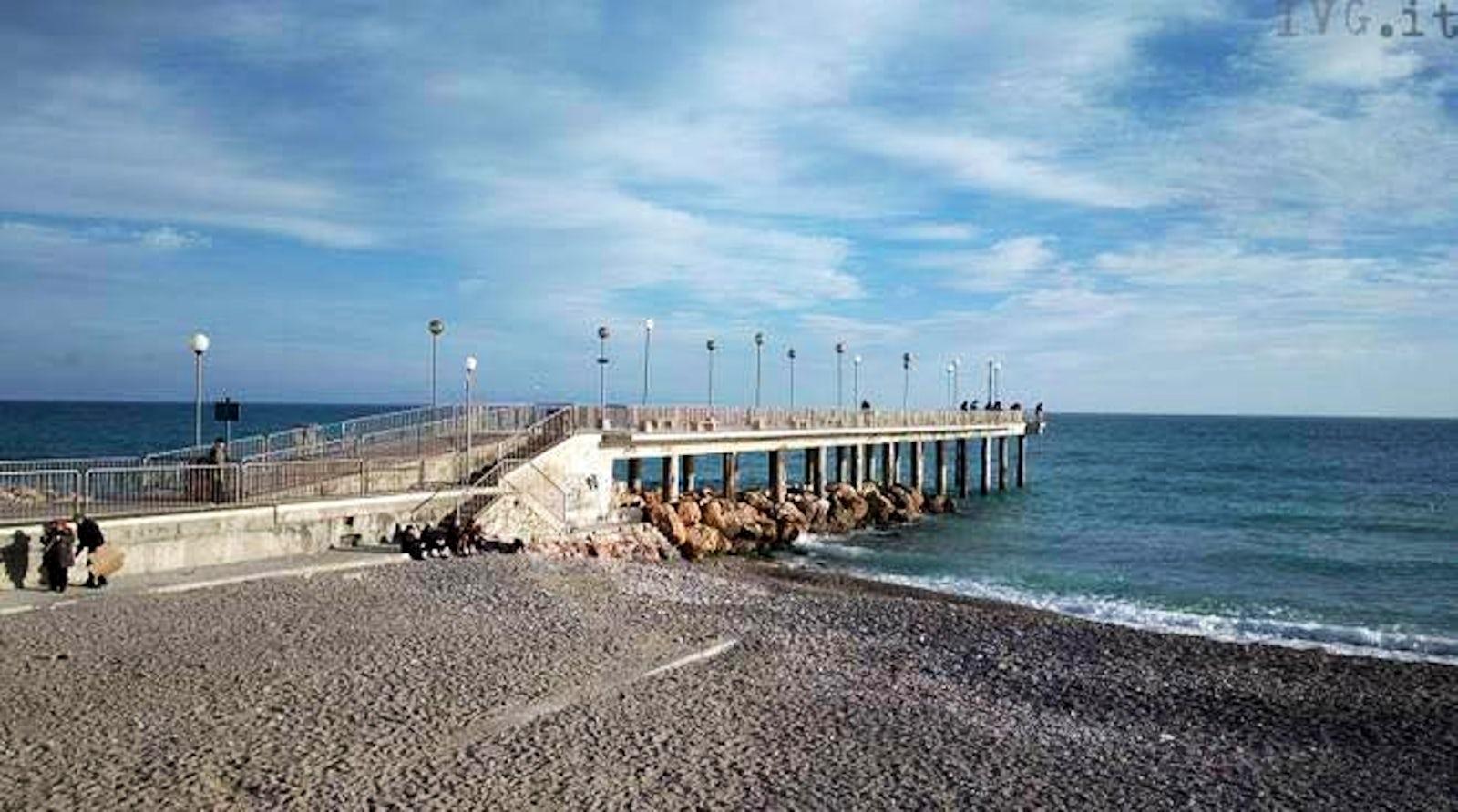 Travel inspired location bar bagni lido itinari - Bagni lido andora ...