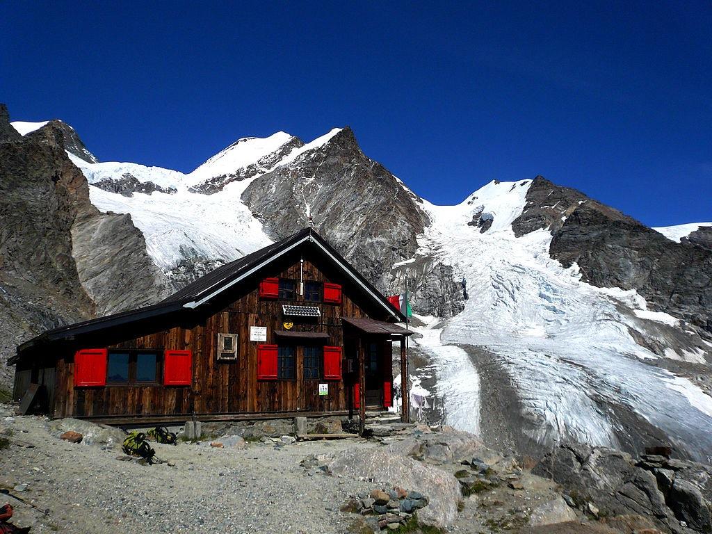 "Best italian mountain ""rifugi"""