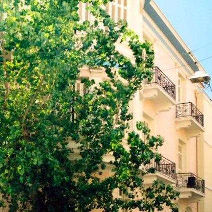 Fokionos Negri: An unusual street in Athens