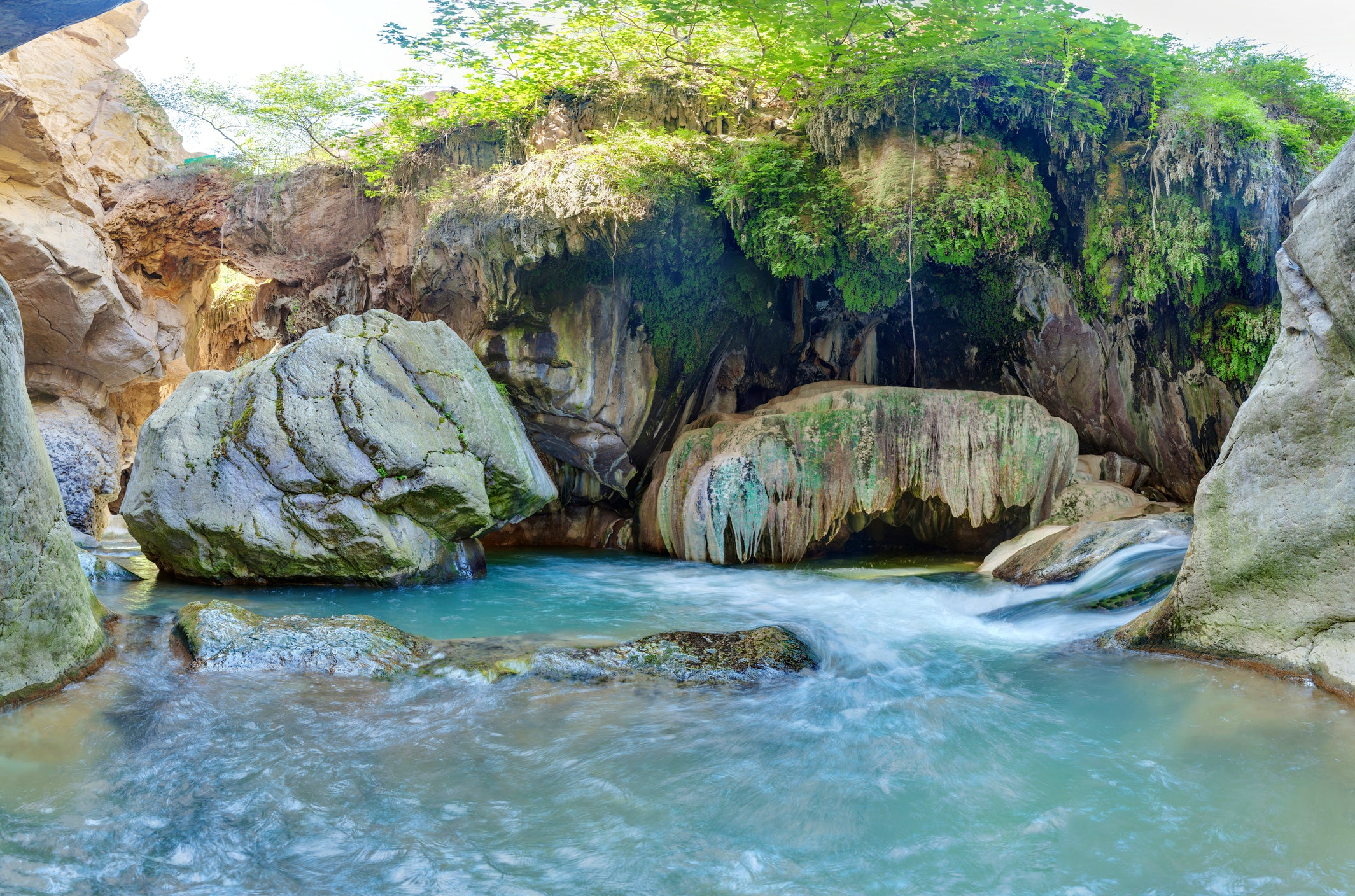 Vorotan gorge: Great adventures in a small country