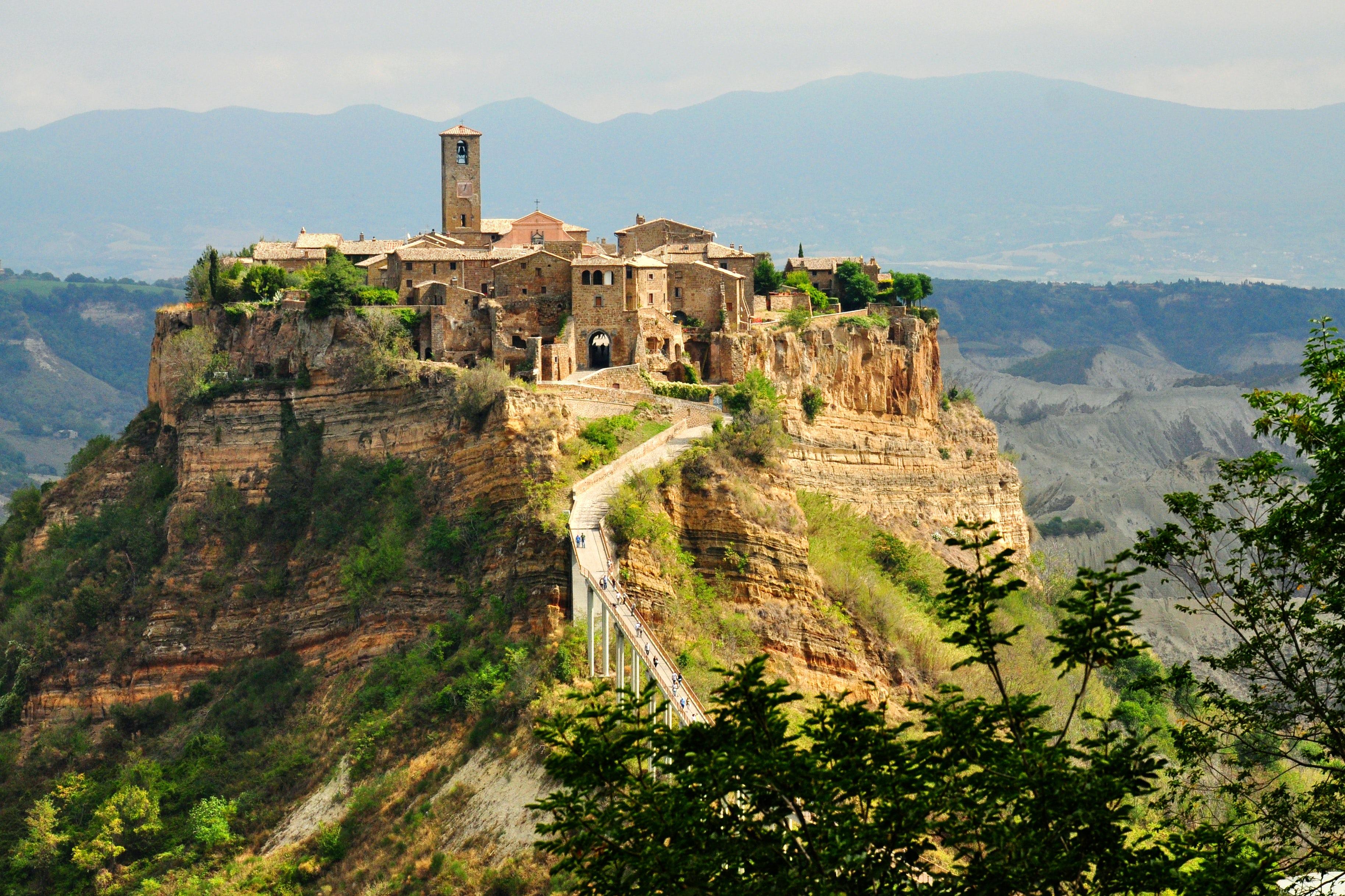 """The ultimate """"WOW"""" location, Civita di Bagnoregio"""