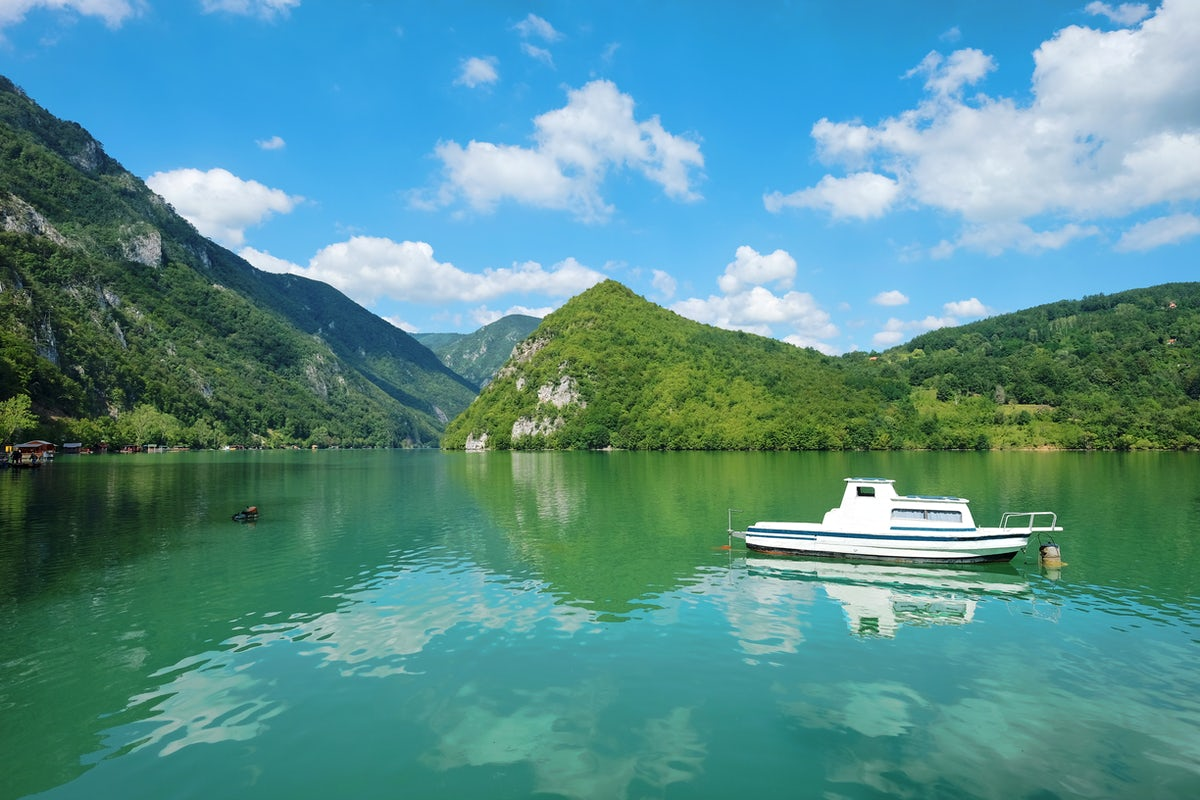 Cruising on Drina River - A Nobel Prize worth inspiration