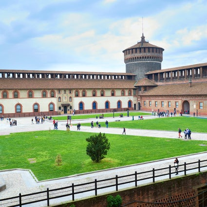 Travel in time: Milan in 15th century