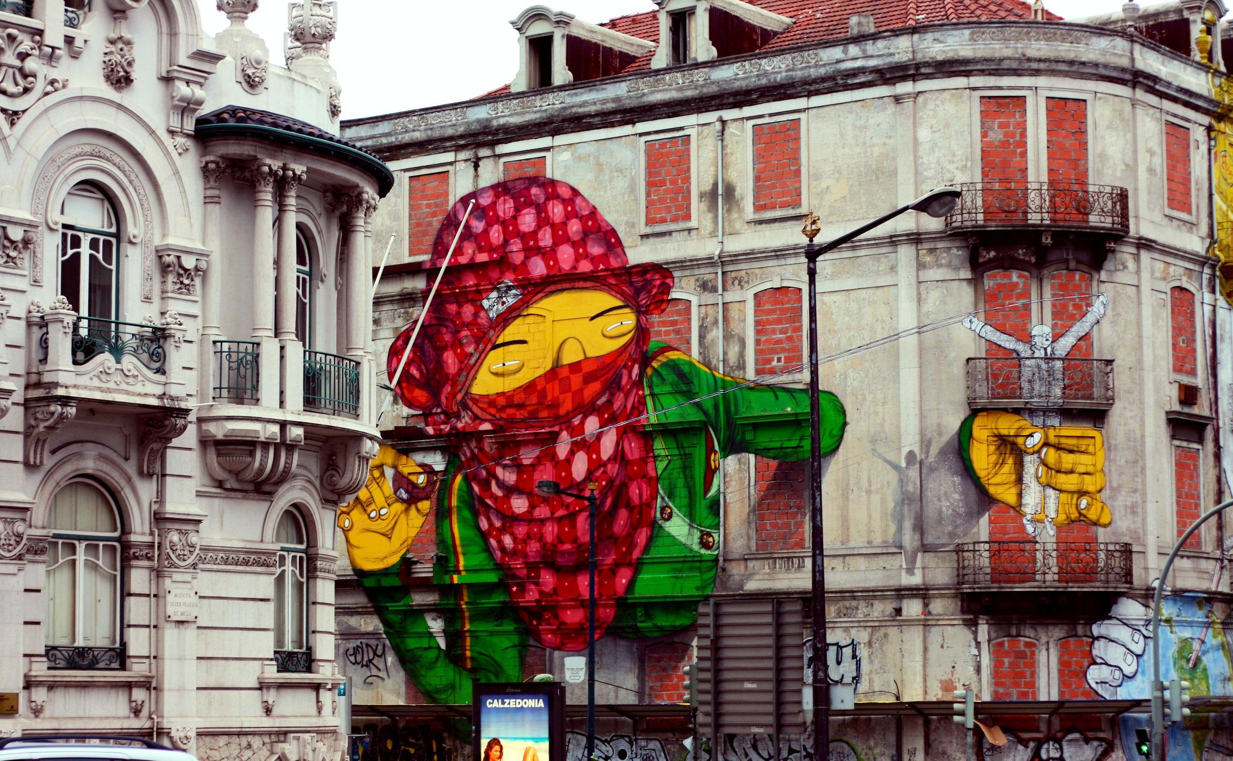 Urban Art in Lisboa 3: along the big avenues | itinari