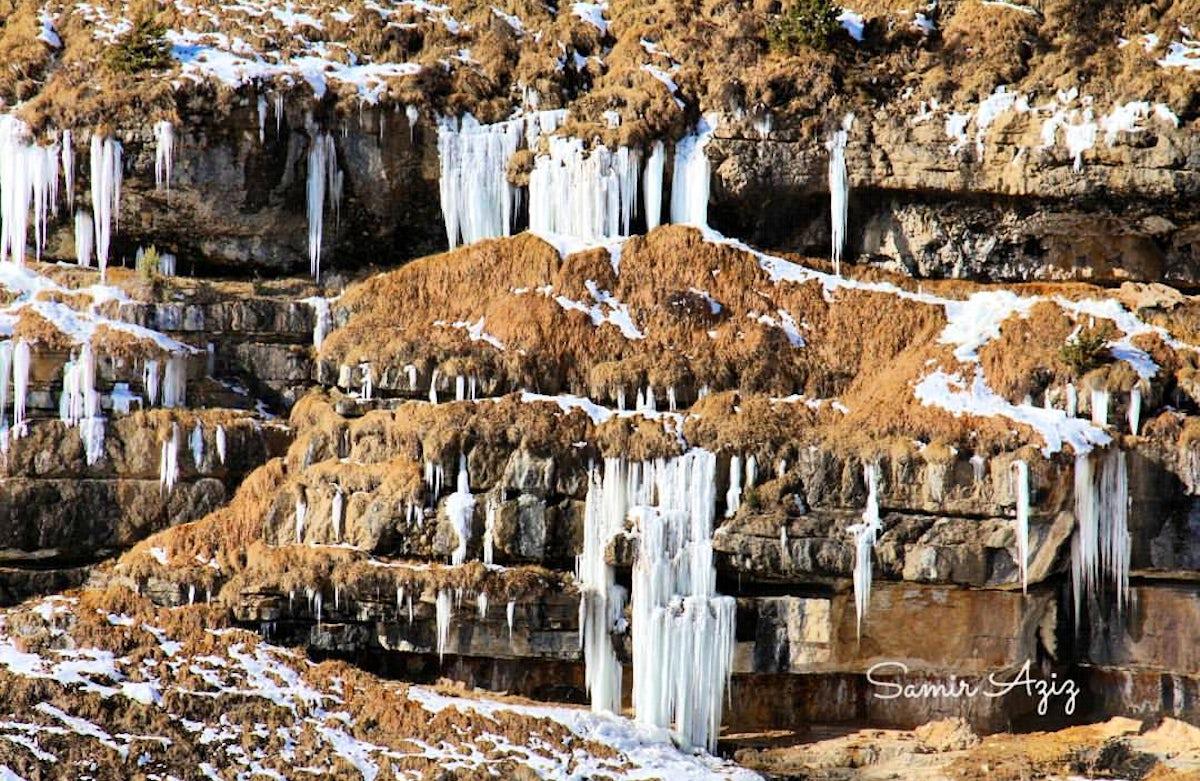 The village of frozen waterfalls - Kriz