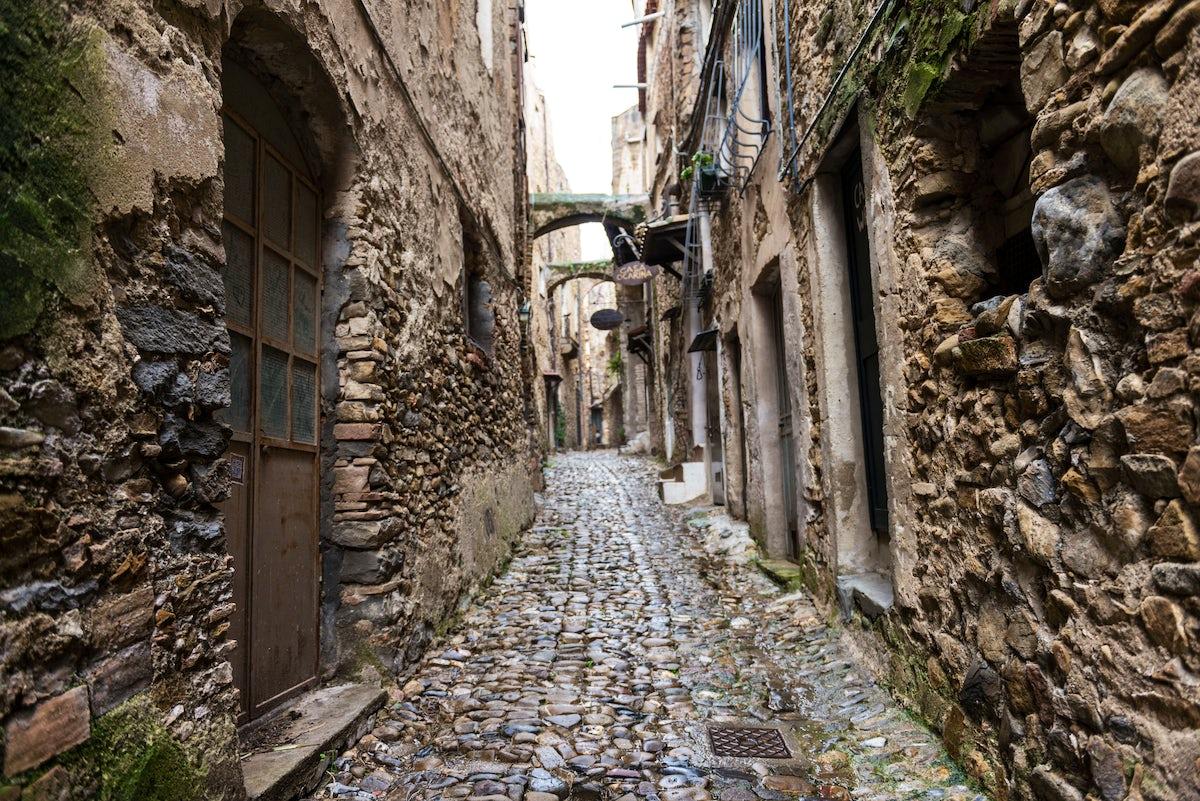 Having a walk in Bussana Vecchia the Artist's village of Liguria Ponente