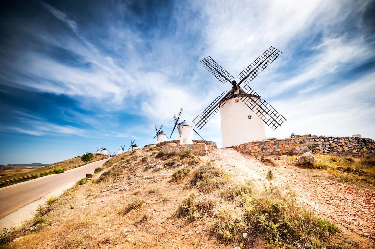 The windmills of La Mancha, following the steps of Don Quixote