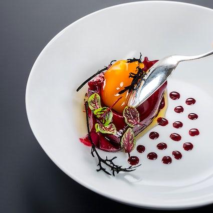 A unique guest chef concept in Salzburg Ikarus Restaurant