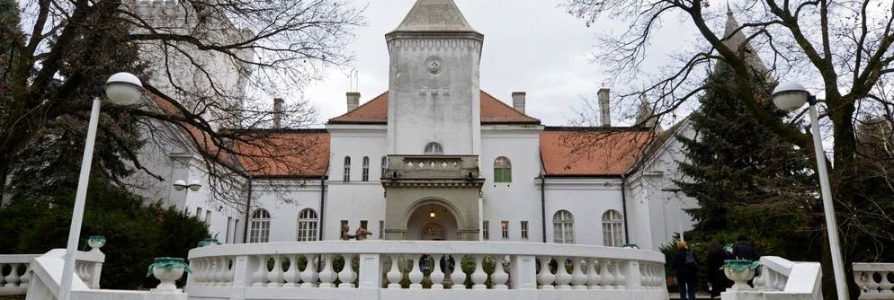 In the footsteps of aristocrats: Dundjerski Castles