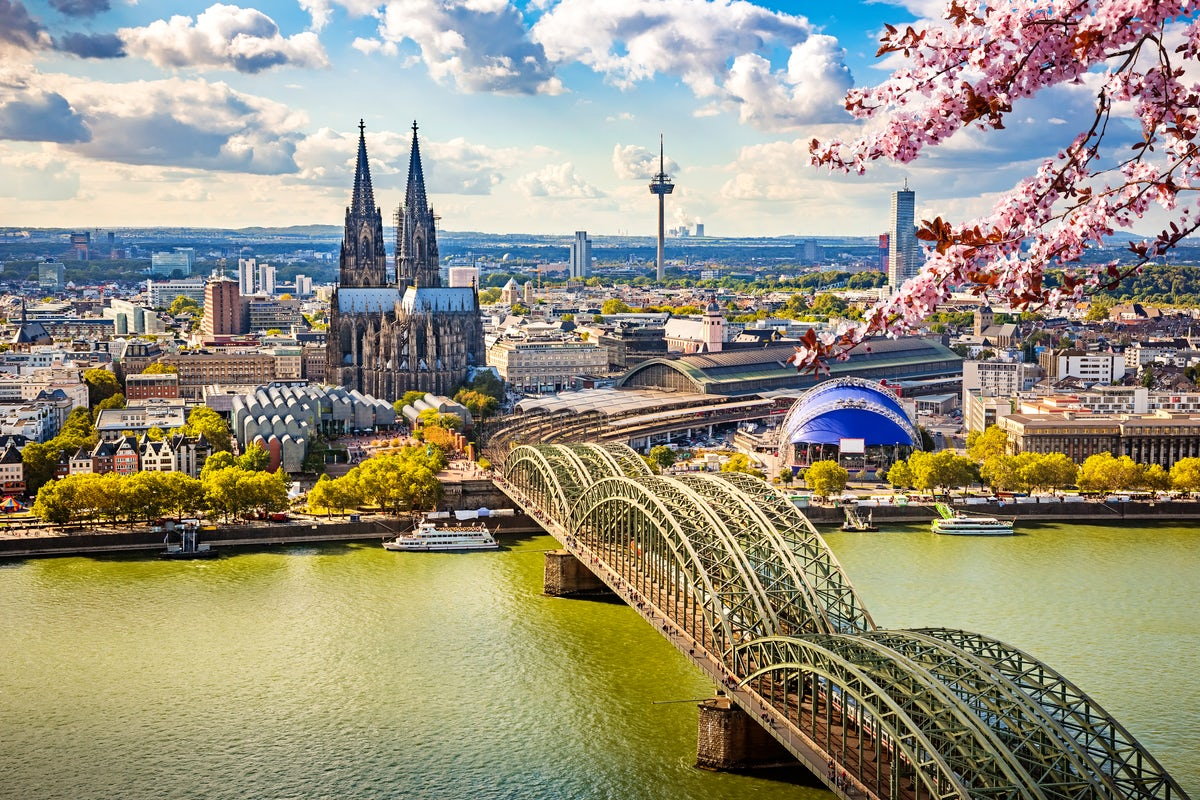 Explore the cool North Rhine-Westphalia region!