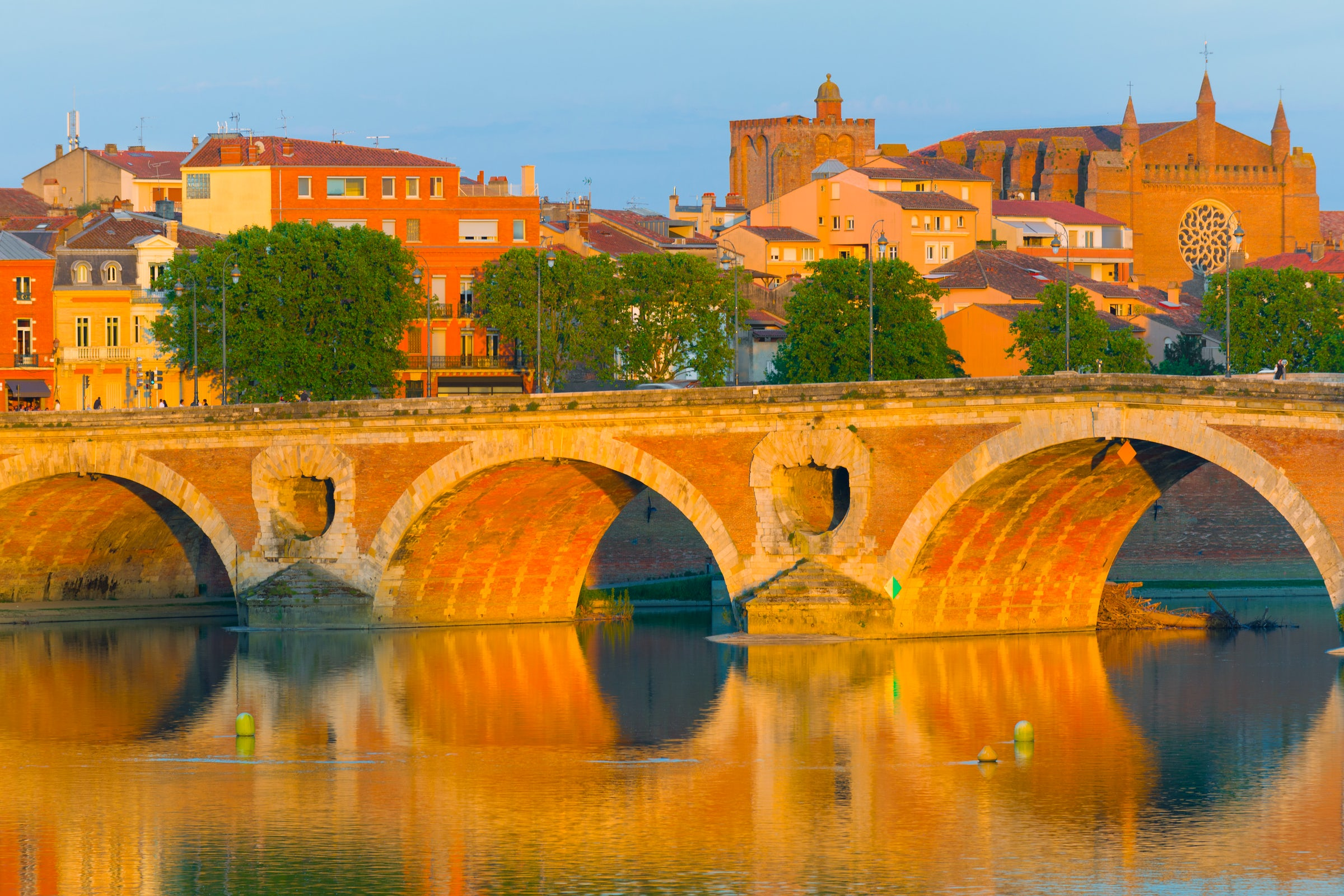 toulouse french pink city perfect spot for a short break itinari. Black Bedroom Furniture Sets. Home Design Ideas