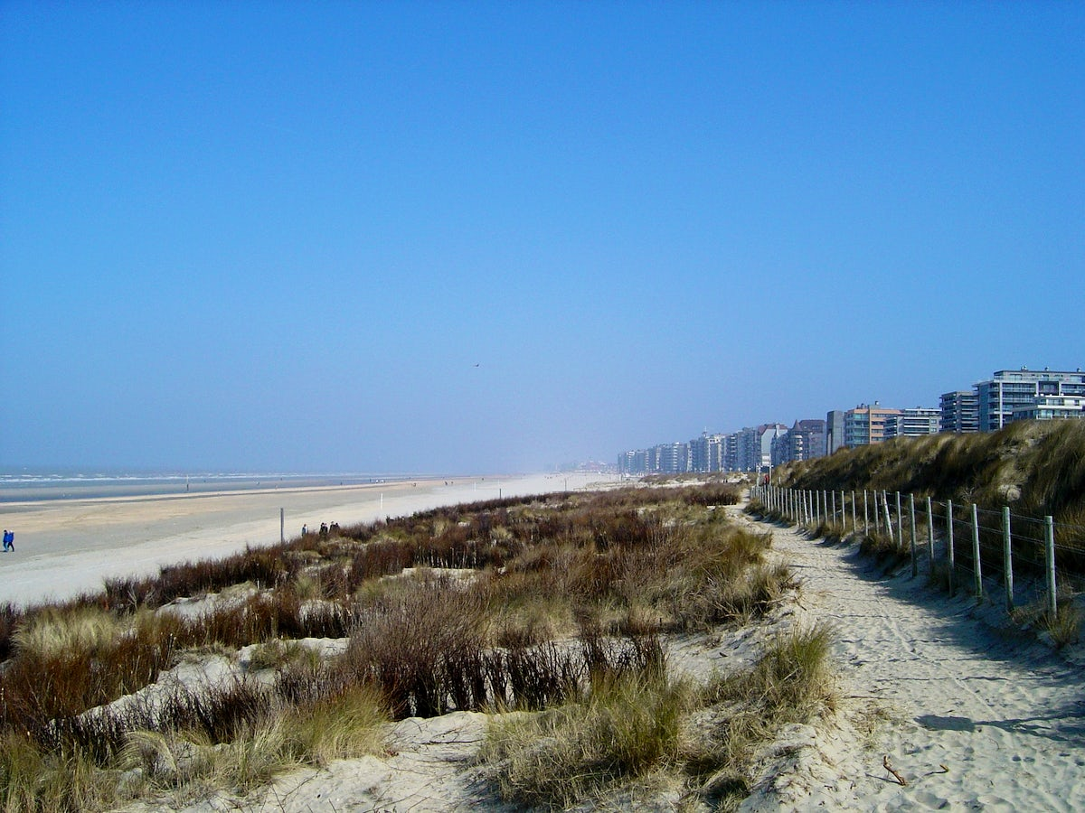 One week in De Panne, west end of the Belgian coast