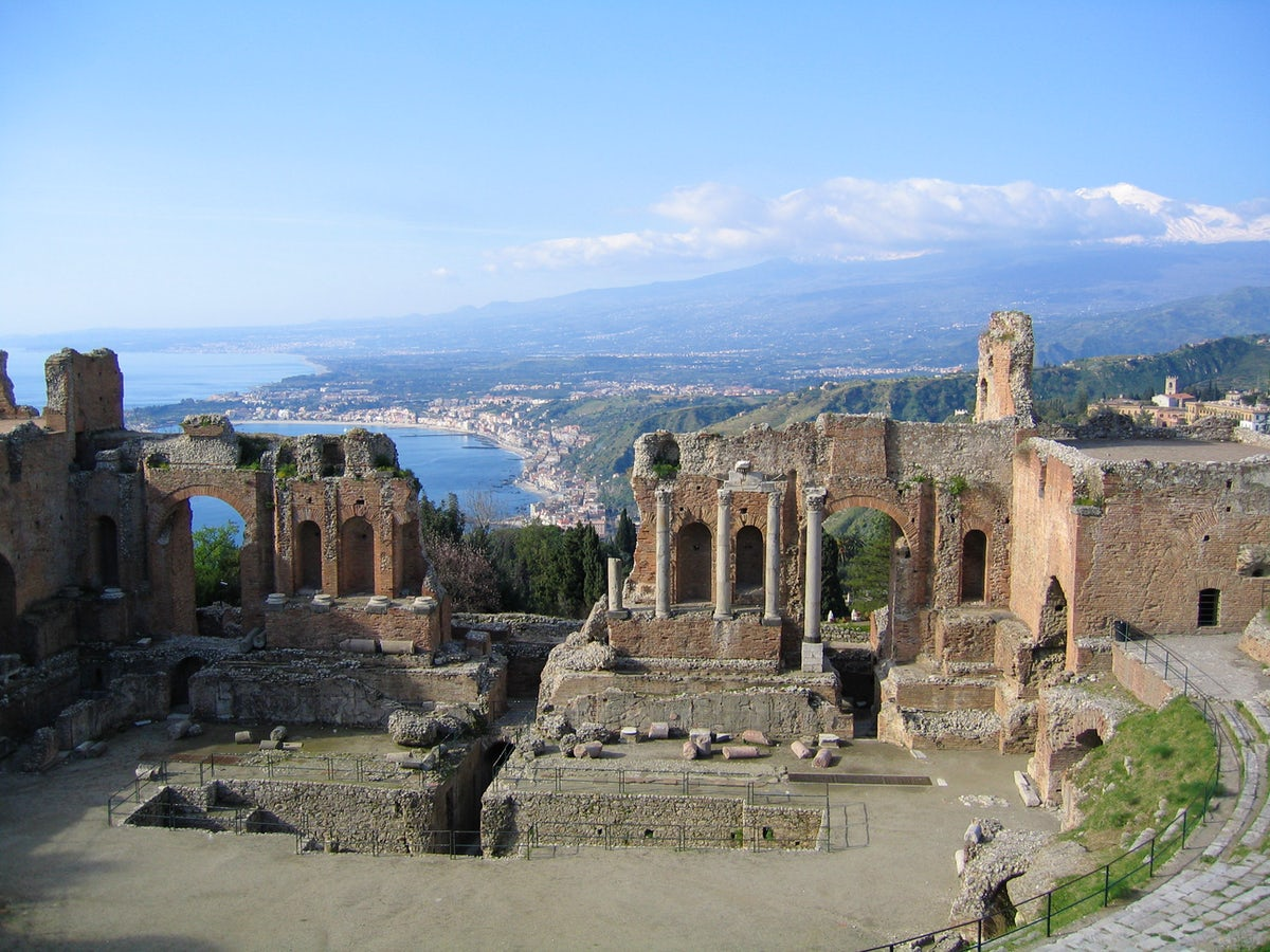 Taormina: A Day Trip From Catania