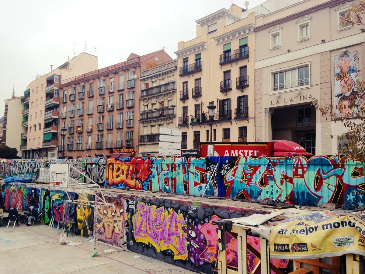 El Campo de la Cebada- An urban botellon spot!
