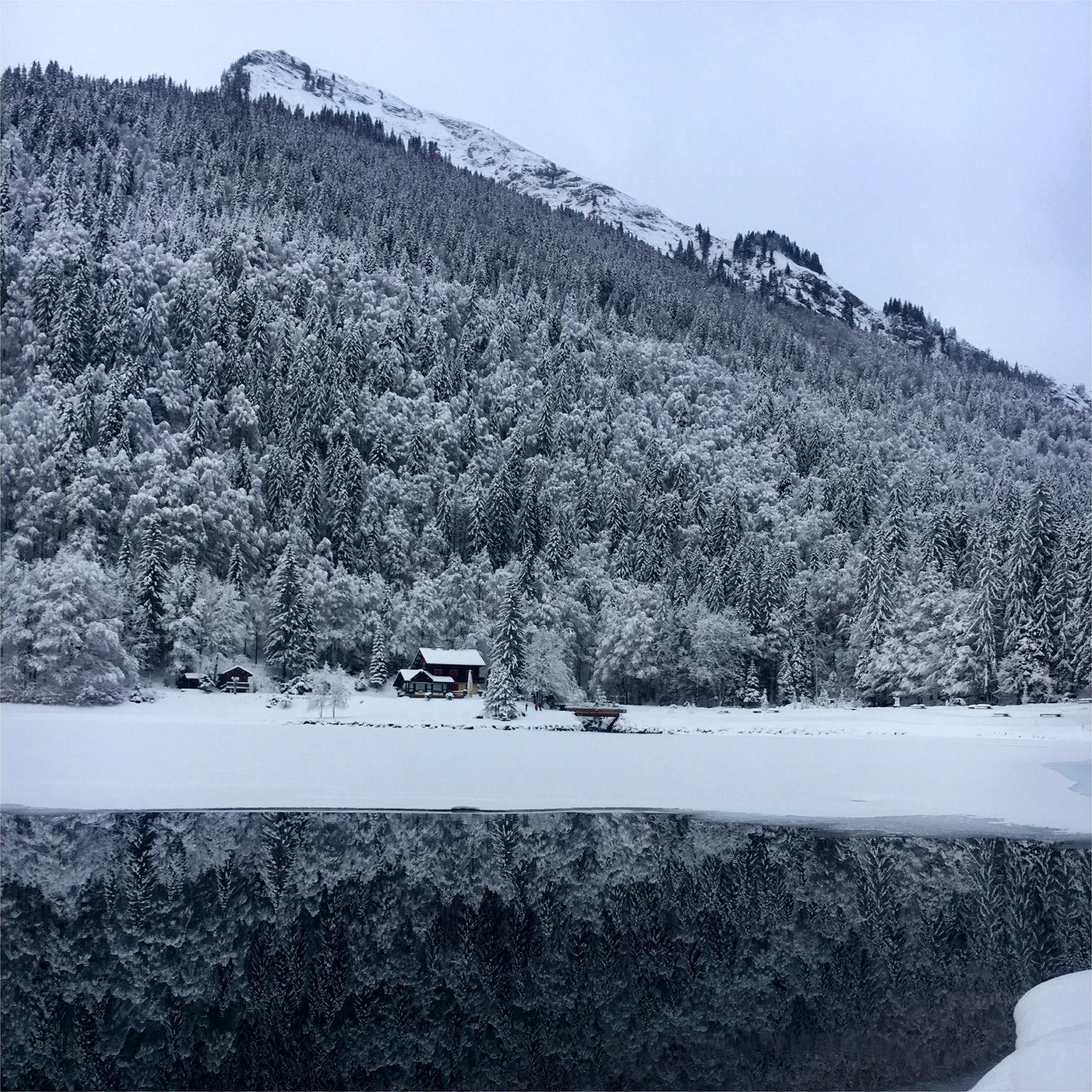 Walks around Morzine - Montriond Lake