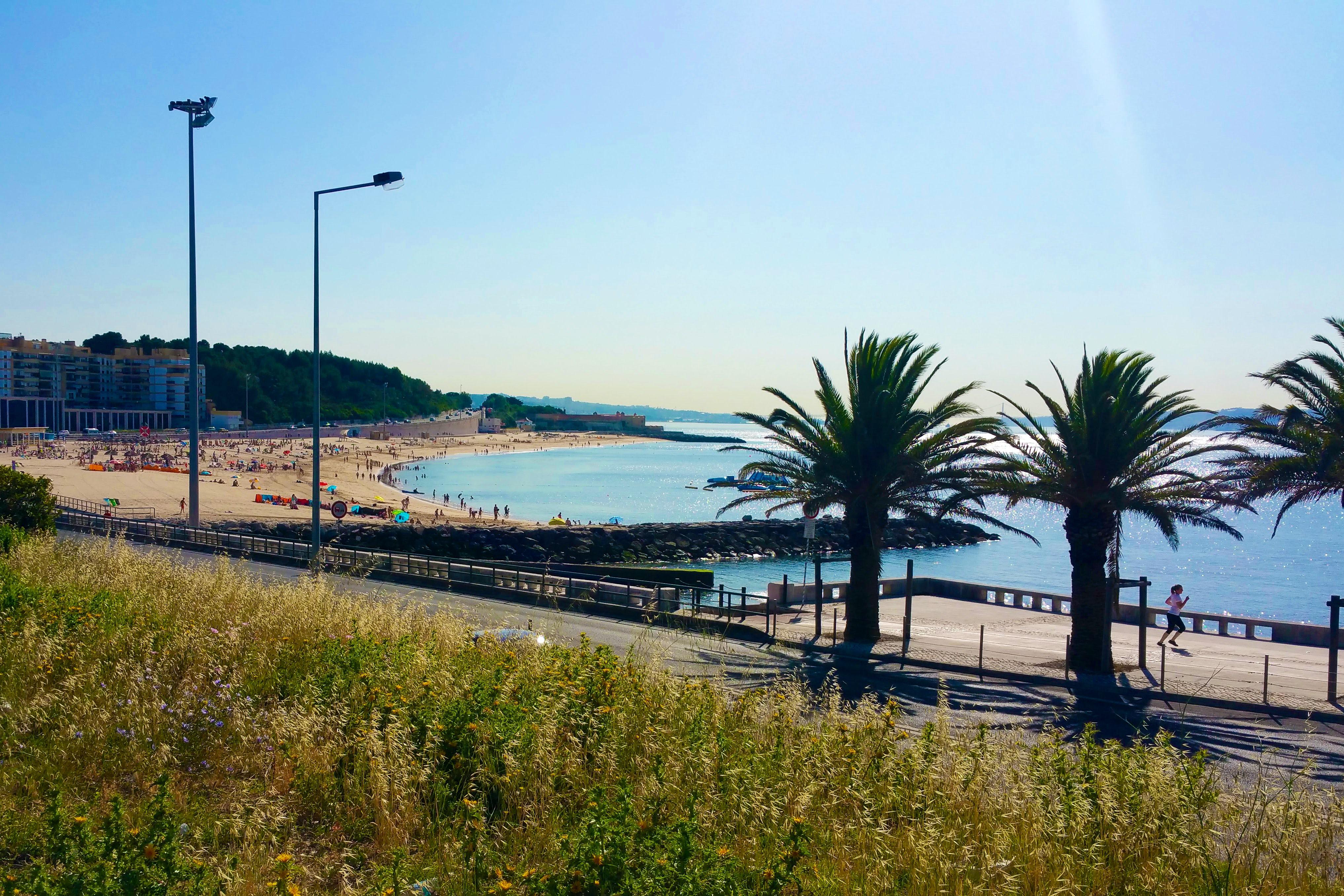 Great beaches along the Oeiras coastline