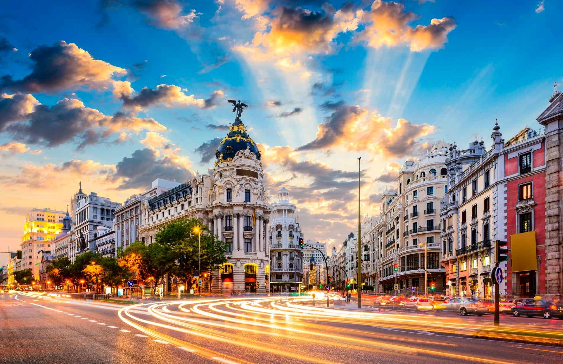 Universidad Politecnica de Madrid- A short guide to the student life.