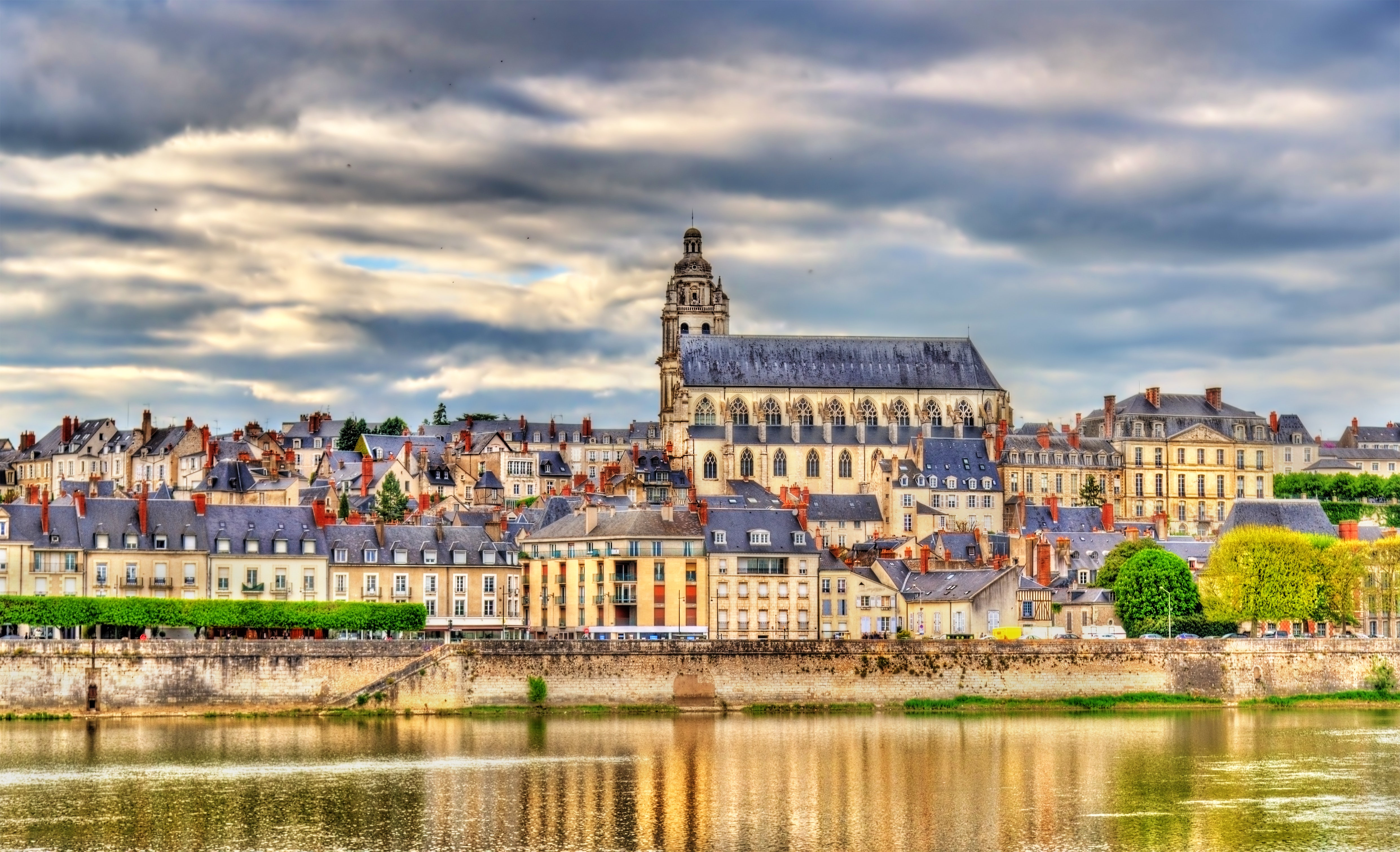 Châteaux of the Loire Valley, heritage from French Renaissance