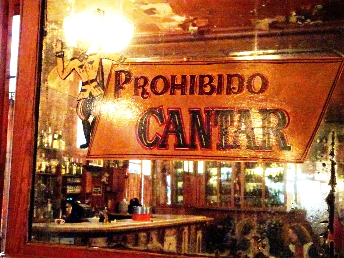 Hemingway-ing & absinthe in Barcelona