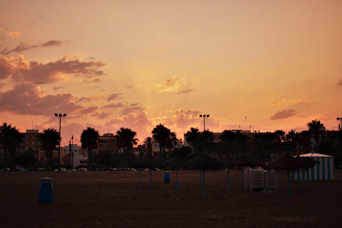 Valencia photo spots - city, street and nature